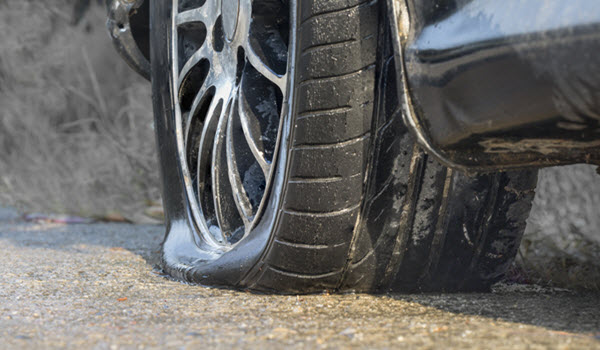 COMMON REASONS FOR TIRE BLOWOUTS AND HOW TO AVOID THEM
