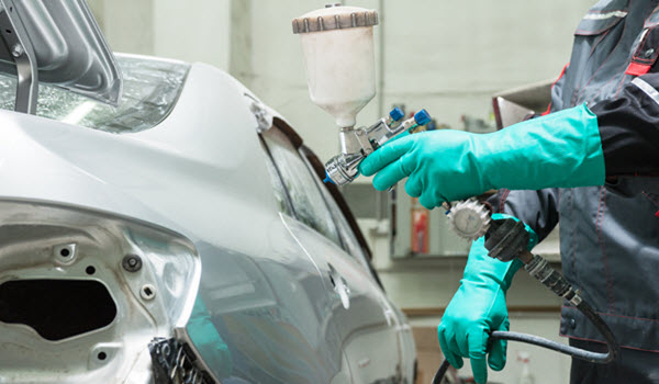 ARE YOU SEARCHING FOR A PAINT SPECIALIST FOR YOUR MERCEDES?